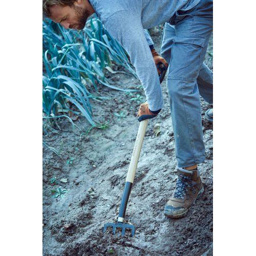 Horca de jardín, dientes forjados y planos para remover y cavar la tierra. Mango de anilla metálica, madera certificada / 9114A
